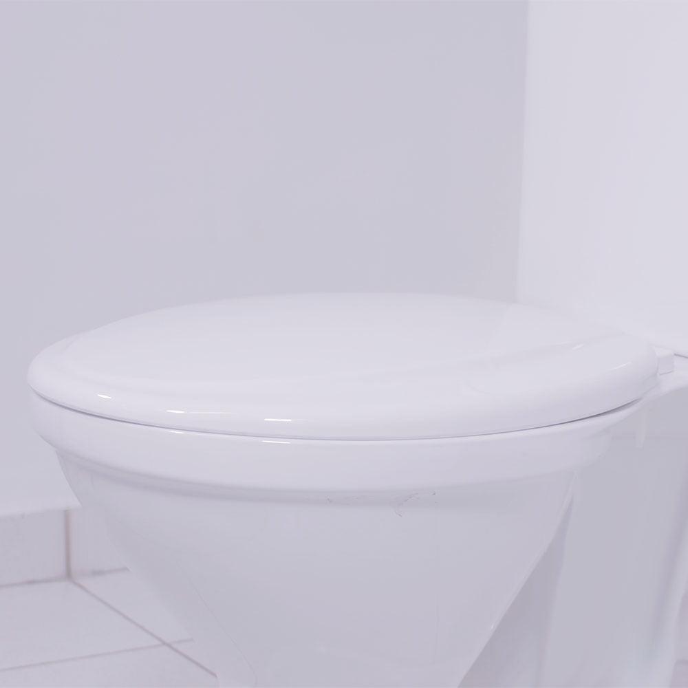Assento sanitário Universal Oval Exportação Plus branco convencional polipropileno