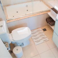 Assento sanitário almofadado Incepa Thema branco convencional polipropileno Astra